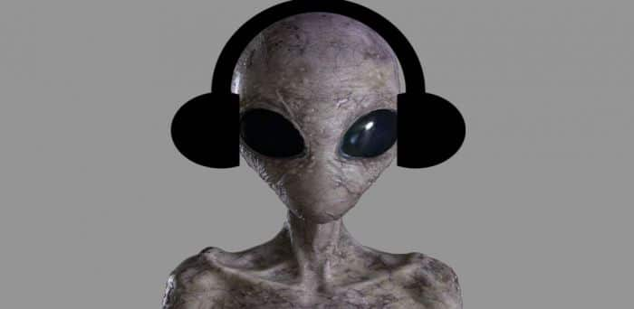 Alien with headphones on