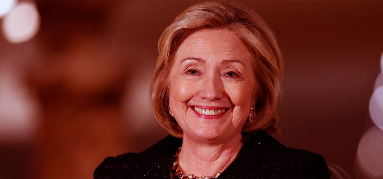 Hillary Clinton red image