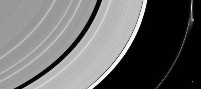 Saturn F-Ring showing anomaly