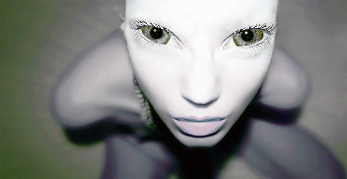 A depiction of an alien human hybrid