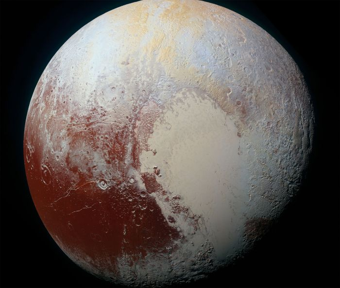 Image showing Pluto and the surface. Source: Wikipedia.