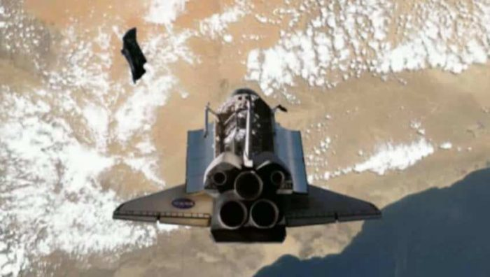 A picture claiming to show the Black Knight Satellite