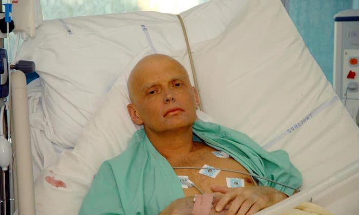 Alexander Litvinenko in a hospital bed
