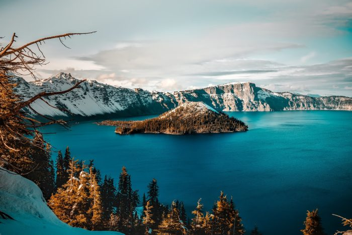 A view of Crater Lake Oregon