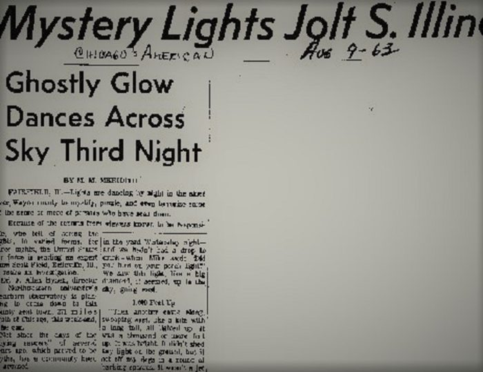 Newspaper reports of the strange lights over Illinois