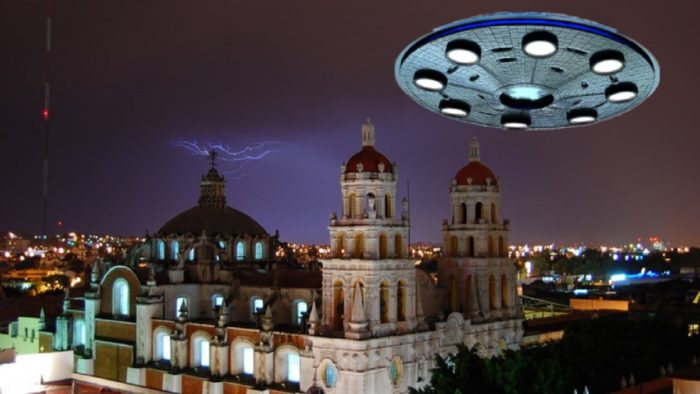 A superimposed UFO over a Mexican building