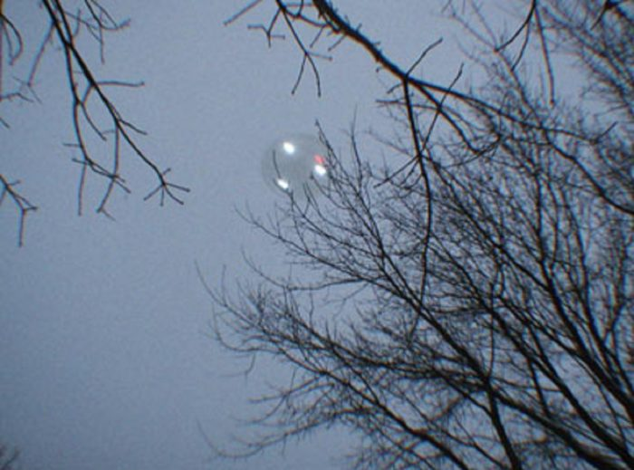 A picture claiming to show a UFO over Weyauwega