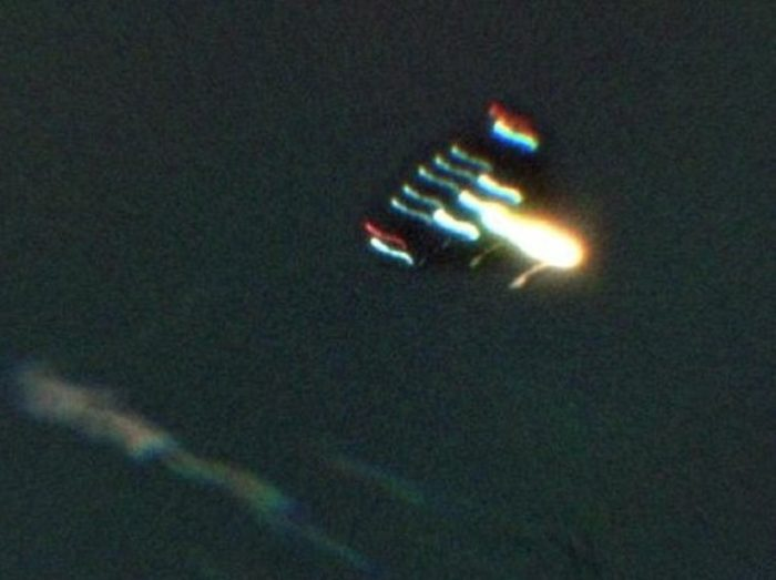 A picture claiming to show a UFO over Kansas