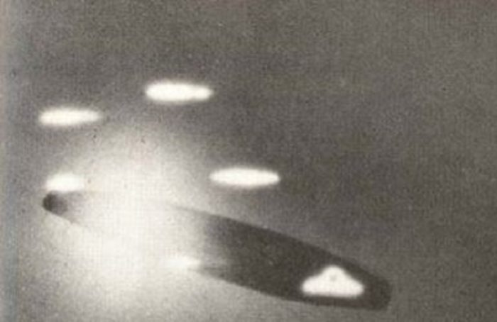 A picture claiming to show a UFO