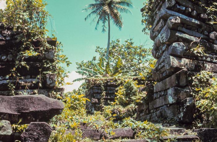 Examples of the structures of Nan Madol