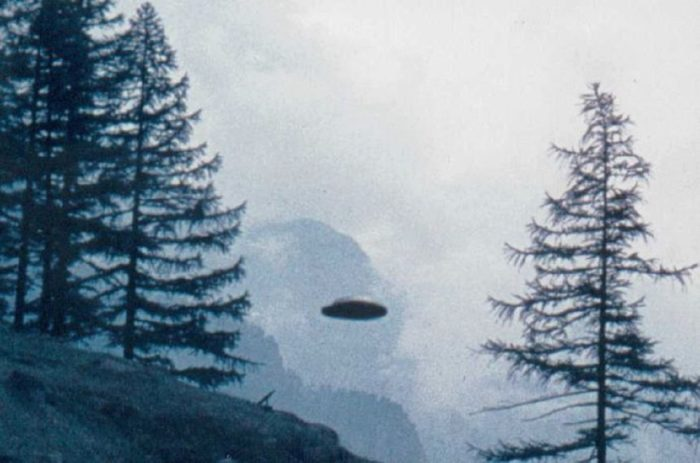 Close-up of the Saas-Fee UFO picture