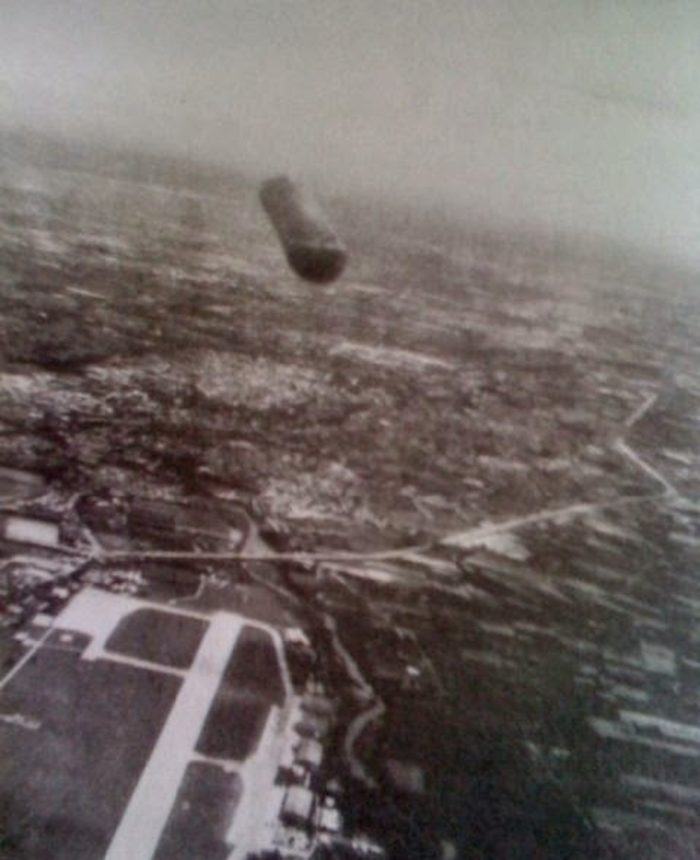 Picture showing a UFO