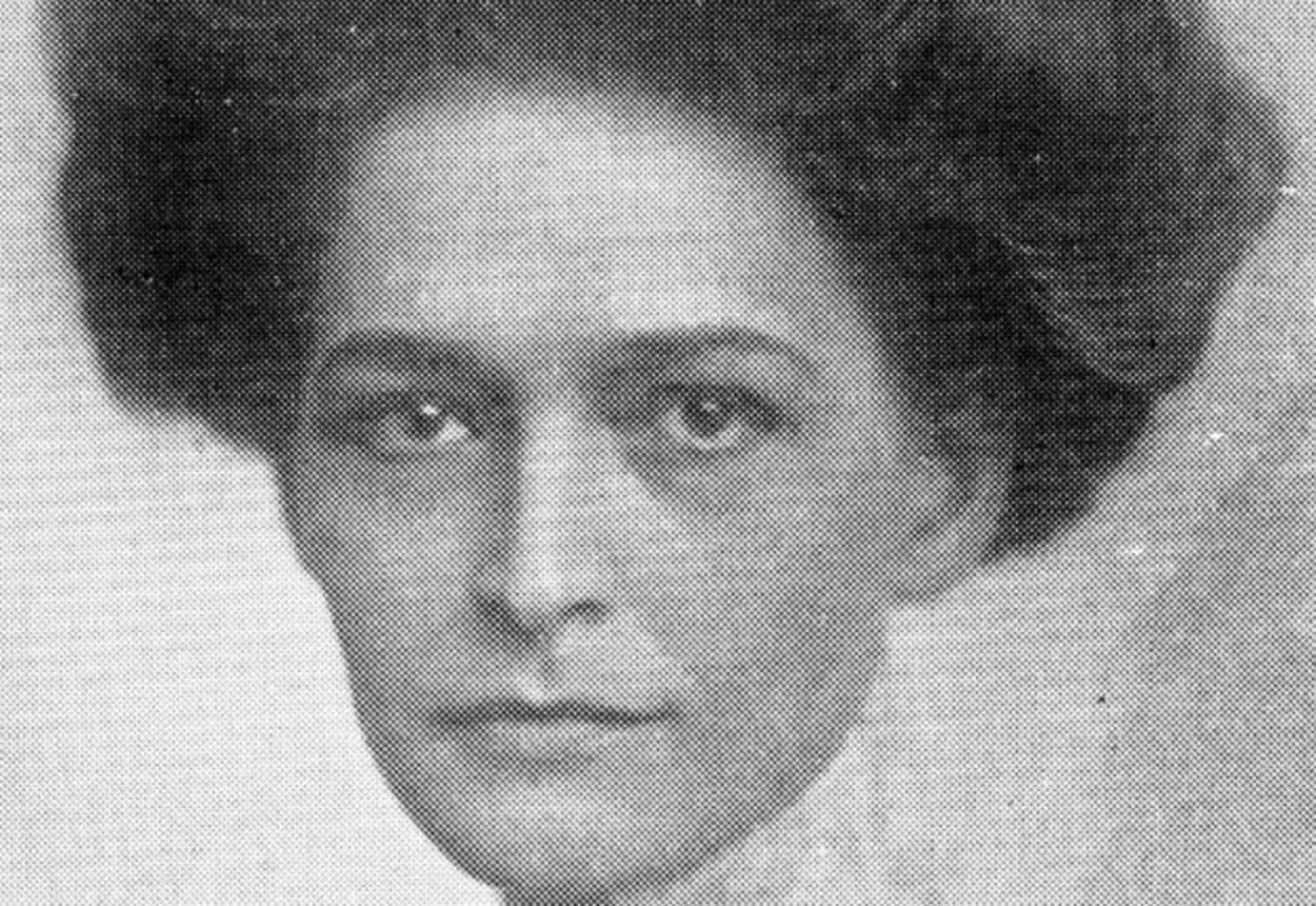 Clara Mills